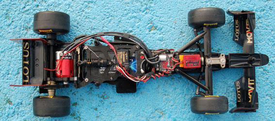 Review: Tamiya F104X1 Chassis Shot